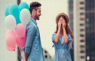كيف أتأكد من حب خطيبي لي؟ علامات الحب في الخطوبة