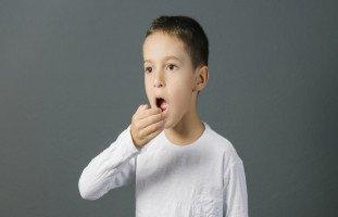 أسباب رائحة الفم الكريهة عند الأطفال وعلاجها