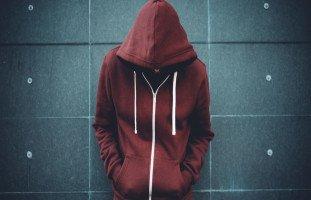 مشكلات المراهقة الأساسية وتحديات تربية المراهقين