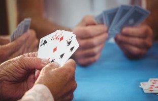 تفسير ورق اللعب في المنام ورمز الكوتشينة في الحلم