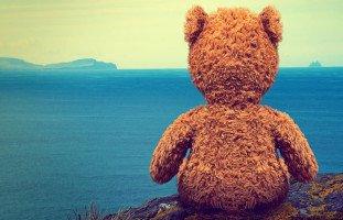 الطفل الانطوائي: أسباب انطوائية الطفل وطرق التعامل معه