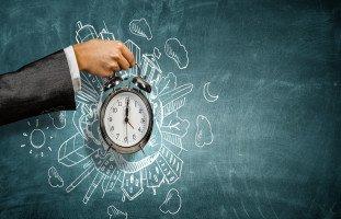 كيف تخلق وقتاً لنفسك وسط ضغوط يومك؟