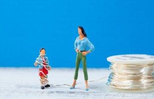 الأم المتسلطة وتأثيرها على تربية الأبناء ومستقبلهم