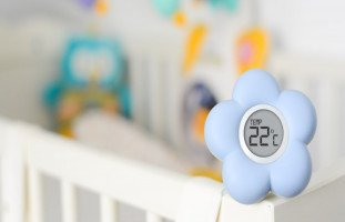 درجة حرارة غرفة الرضيع في الشتاء والصيف
