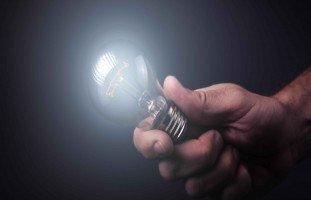 كيف تأتي الأفكار؟ وما هي طريقة توليد الأفكار الجيدة؟