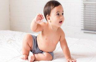 أسباب تأخر جلوس الطفل وعلاج تأخر الجلوس عند الأطفال