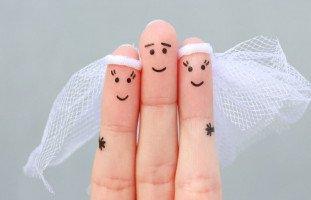 مشاكل التوفيق بين الزوجة الأولى والزوجة الثانية