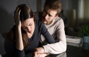كيف تواسي زوجتك في وفاة والدها وتخرجها من حزنها؟