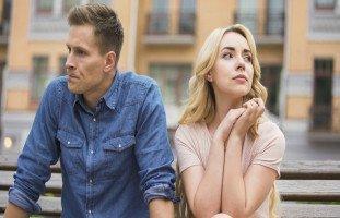 علامات الغيرة الصامتة عند الرجال