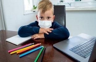 تعليم الأطفال في المنزل خلال عزل كورونا وتنمية مهاراتهم