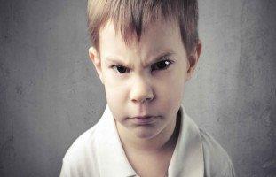إدارة الغضب عند الطفل حسب عمره