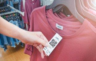تفسير رؤية الملابس الجديدة في المنام وحلم شراء الثياب