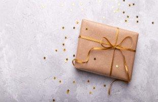 أفكار هدية الخطوبة وهدايا المباركة للخطيبين