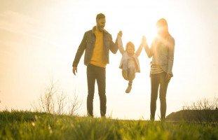 دور الوالدين في التربية الفعّالة