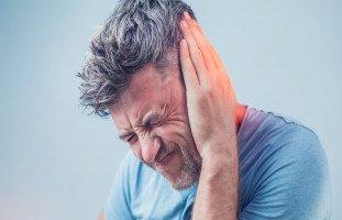 تفسير الوجع والألم في المنام ورؤية شخص يتألم
