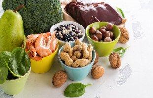 علاج فقر الدم عند الأطفال بالأعشاب والغذاء والأدوية