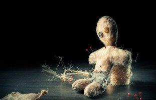 علاقة السِّحر والجن بالأعراض النفسية