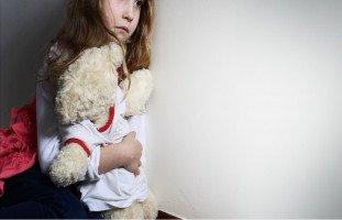 الصدمة العاطفية عند الأطفال والمراهقين