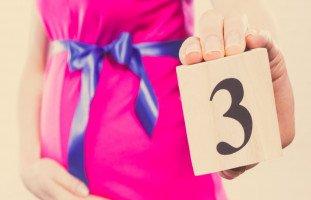 أعراض الحمل في الشهر الثالث وتطور الجنين في الشهر الثالث من الحمل