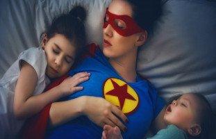 صفات الأم الصالحة وكيف تكونين زوجة وأمّاً صالحة
