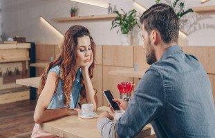حبيبي تغير عليّ ولا يهتم بي ماذا أفعل؟