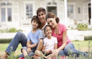 الأسرة النموذجية لتربية الطفل