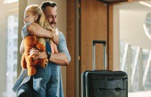 تفسير الرجوع من السفر في المنام وحلم عودة المسافر