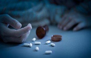 إدمان المهدئات وعلاج إدمان الأدوية النفسية