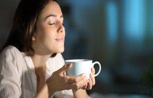 أفضل المشروبات المهدئة للأعصاب والتوتر