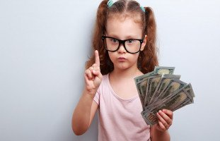 الانتهازية عند الأطفال والفرق بين الرشوة والمكافأة في التربية