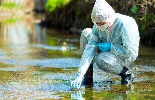 مخاطر تلوث المياه وطرق فحص المياه الملوثة بالمنزل