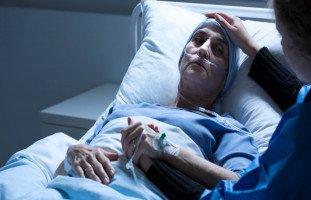 تفسير رؤية شخص مريض بالسرطان في المنام بالتفصيل