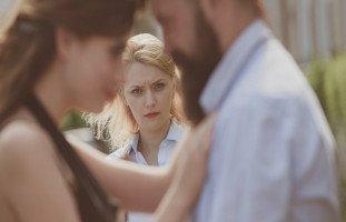 أسباب وعلاج الخيانة في الحب والعلاقات العاطفية