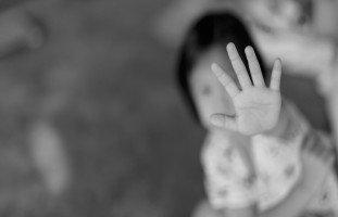التبليغ عن العنف الأسري في الدول العربية