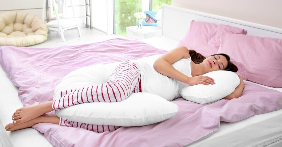 نوم الحامل في الشهور الأولى من الحمل الشهور