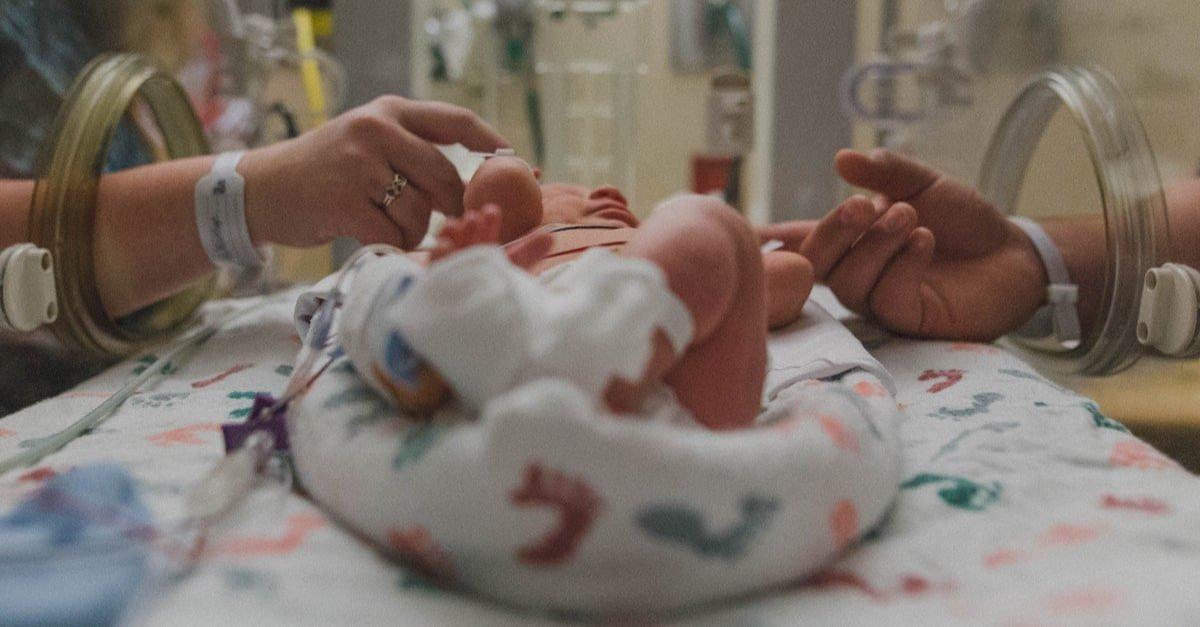 اعراض الولادة في الشهر التاسع
