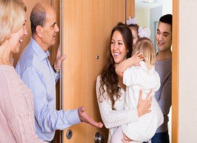 آداب زيارة الوالدين ونصائح عند زيارة بيت الأهل
