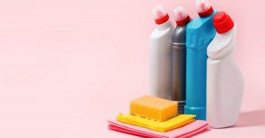 ابنة أخي تعاني من وسواس النظافة بسبب أمها الصارمة