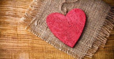 هل أستمر في زواج فاشل أم أطلب الطلاق وأدمر أبنائي
