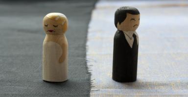 هل الانفصال عن زوجي هو الحل لمشكلتي؟
