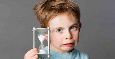 طفلي تأخر في الكلام فهل سيواجه صعوبة في التعلم؟