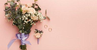 أعاني من كبت نفسي بعد الزواج بسبب تصرفات أم زوجي