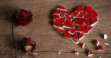 كيف أقنع زوجي بالطلاق حتى أتزوج من حبيبي