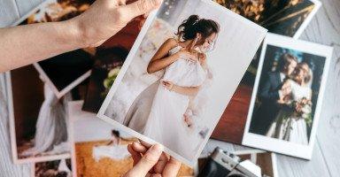 أعاني من عقدة نفسية تجاه صور زفافي ولا أحب مشاركتها مع أحد