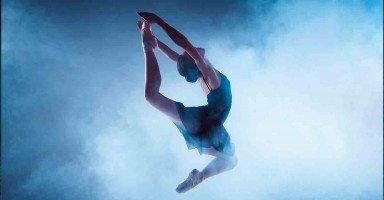 أريد طريقة لمنع ابنتي المراهقة من الرقص لتهتم بدراستها ومستقبلها