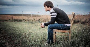 كيف أجعل ابني المراهق أكثر وعياً وتحملاً للمسؤولية