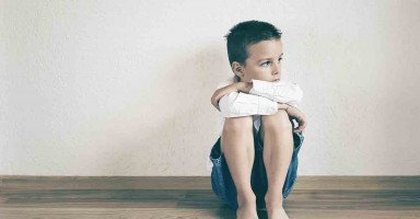 ابني يكره والده ويتمنى موته