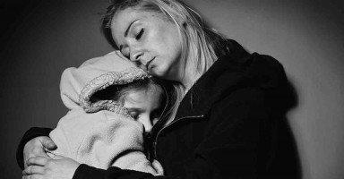 كيف أربي أولادي وأسيطر عليهم أثناء غياب زوجي