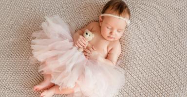 بعد سنوات الصبر والرضا الذي طال رزقنا الله بطفلة جميلة