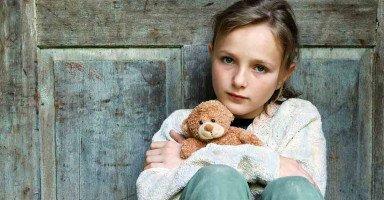 صدمتي كبيرة بابنتي المراهقة فكيف أتصرف؟